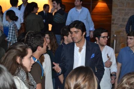 El diestro no dudó en charlar con los estudiantes al término del evento.
