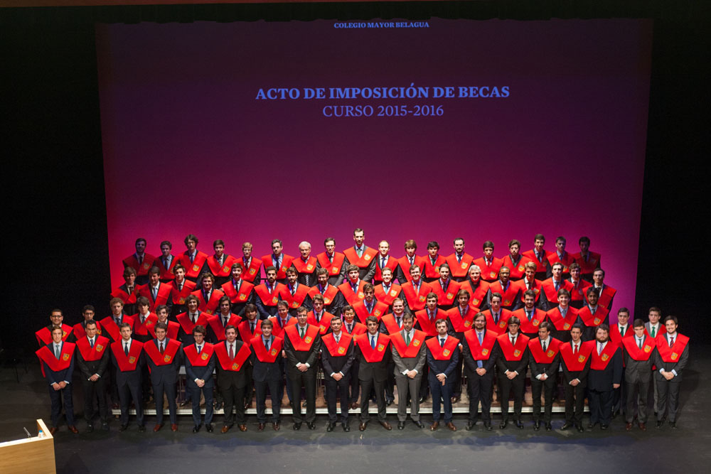 Colegio Mayor Belagua. Pamplona. Acto de imposición de becas