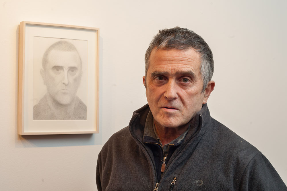 "Juan José Aquereta, ""Autorretrato, Puerta Gótica, Colegio Mayor Belagua"